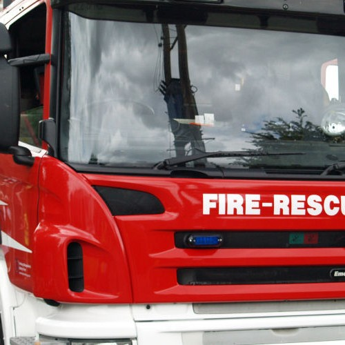 Firefighters tackle fire at Rednal Industrial Estate