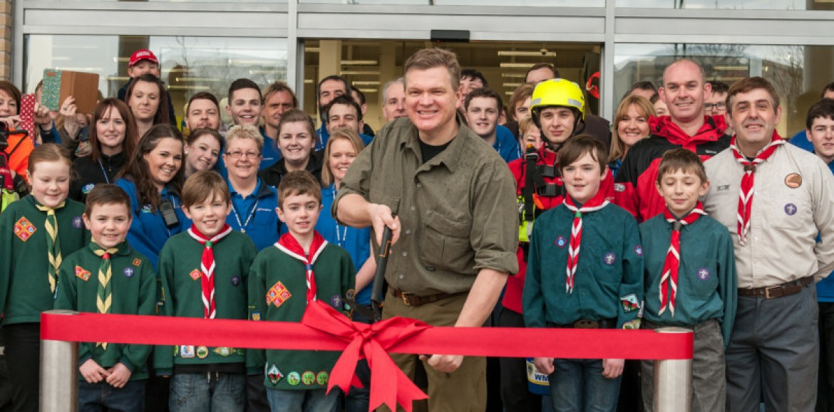 Ray Mears officially opens new Shrewsbury GO Outdoors store
