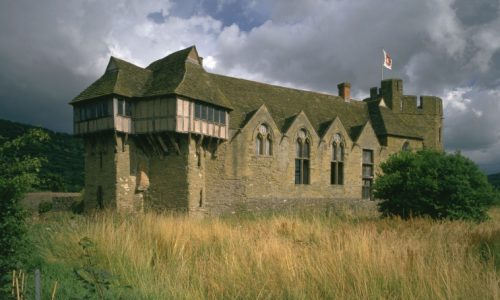 Travel back in time to the War of the Roses this Bank Holiday at Stokesay Castle