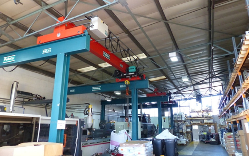 Overhead Crane Parts Uk : Pelloby supply overhead and portable cranes for small