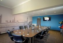 The 'Cabinet Rooms' are located in a dedicated business zone of the Hotel