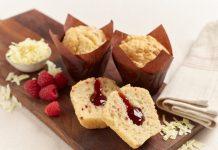 Flower & White - White Chocolate & Raspberry Muffinz