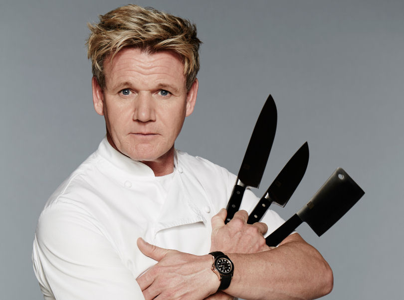 Gordon Ramsay is criticising random people's food on Twitter, and it's hilarious