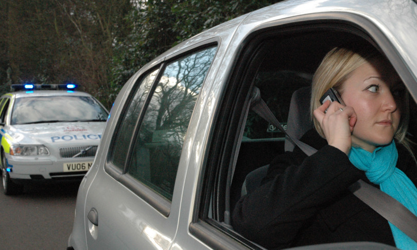 Hundreds still using mobile phones behind the wheel