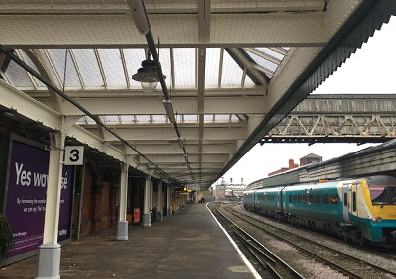 The first phase of work to upgrade Shrewsbury Station was completed in late 2016 and involved renewing the large canopy roof over platforms 3, 4 and 7