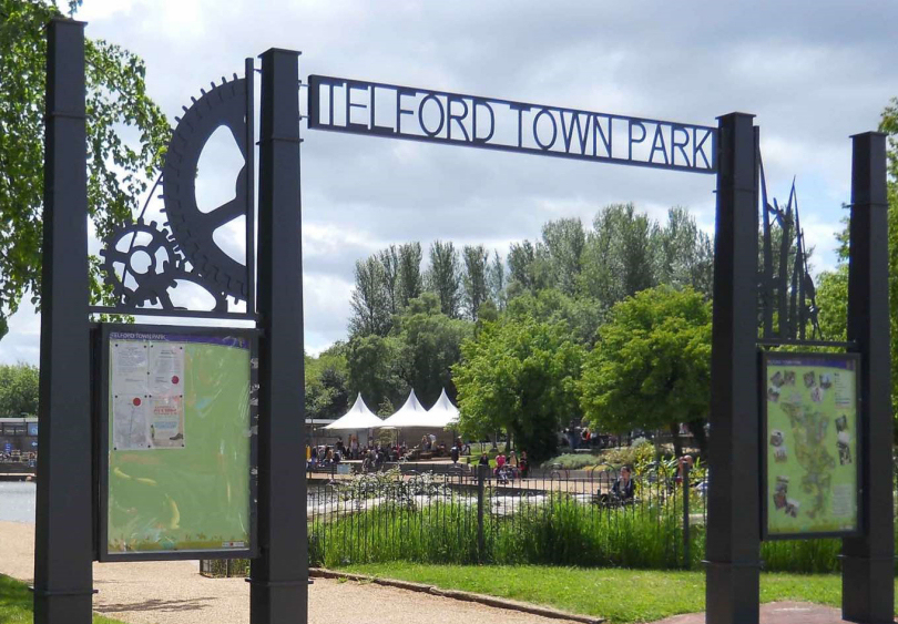 Free treasure hunt fun for families in telford for Park towne