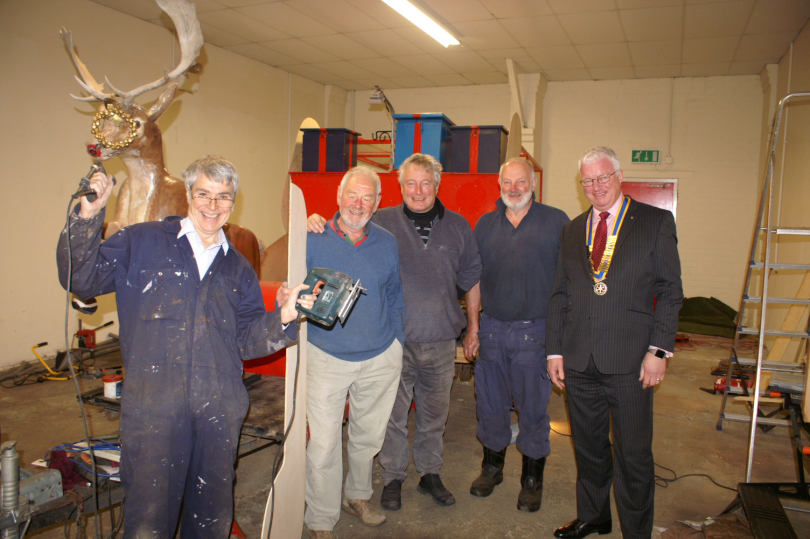 President Colin Sharp (right) with Rotarians Chris Yaxley, Geoff Lloyd, Fred McDonogh and Gordon Duncan