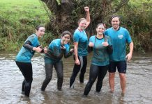 Mud runners Carmen Roldan Blasco, Hollie Cale, Rhea Alton, Rachel Hitchin and Henry's Dad Jacob