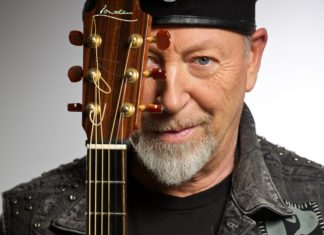 Richard Thompson will headline Shrewsbury Folk Festival with his Electric Trio this August