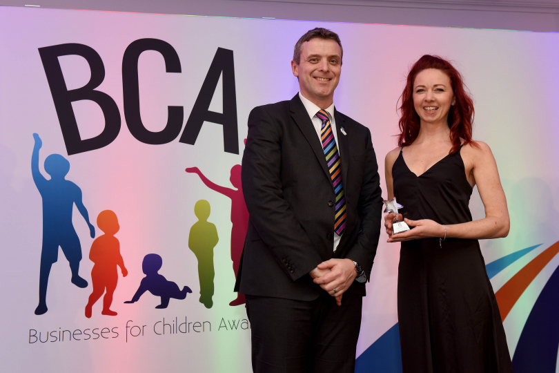 Hannah Vyse (right), Director at Little Green House Childcare, accepts the award