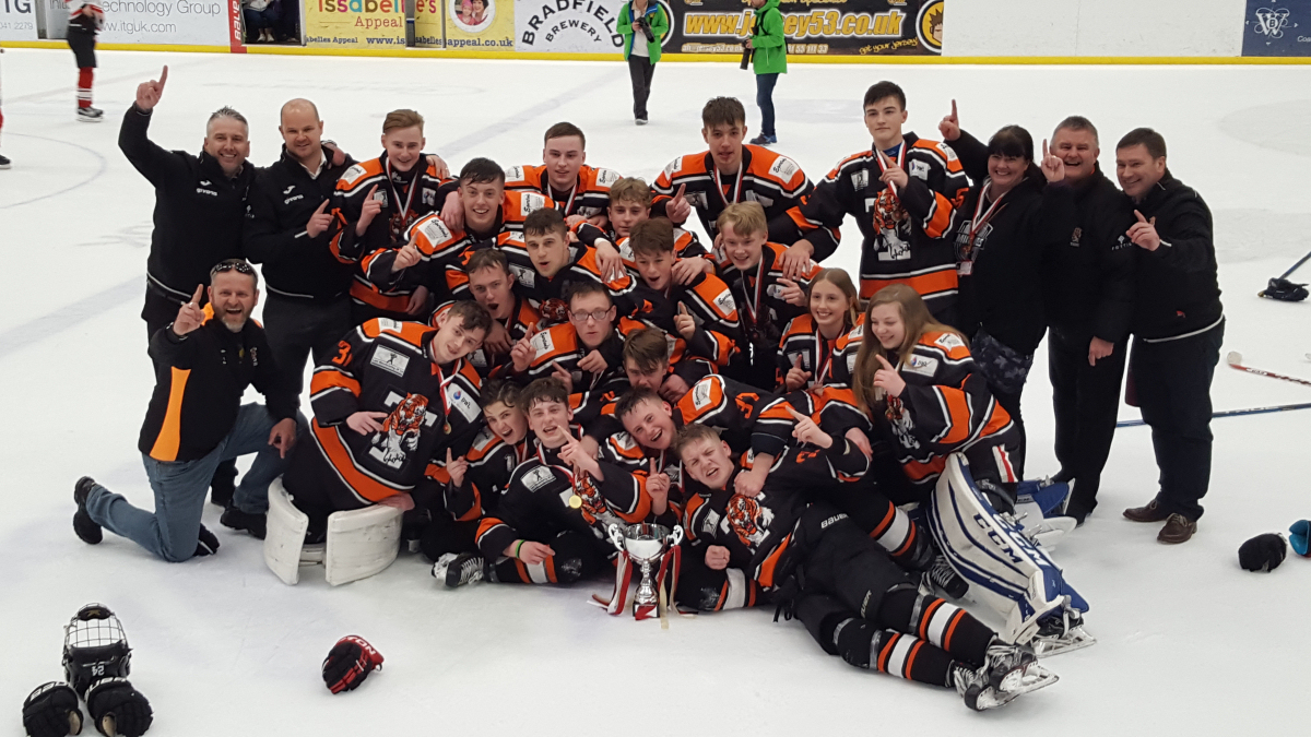 Telford Tigers u18s players, coaches and managers - winners of the 2018 Rob Laidler Memorial Plate (English Ice Hockey Association u18s national final)