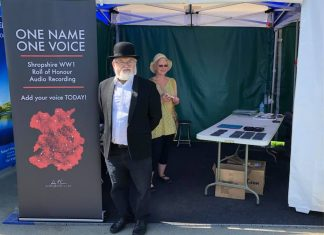 Bill McCabe and Linda McKeown recording vices at Shrewsbury Flower Show
