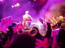 Guests enjoyed performances from a top line-up of classical/crossover musicians and singers