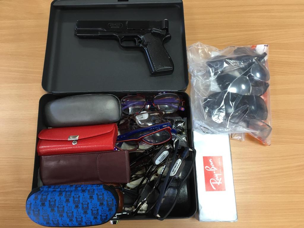 The suspected stolen eyewear and imitation firearm. Photo: @LpptNWestMercia