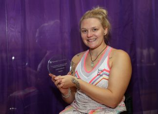 Jordanne Whiley with the trophy she won at The Shrewsbury Club. Photo: Tennis Foundation