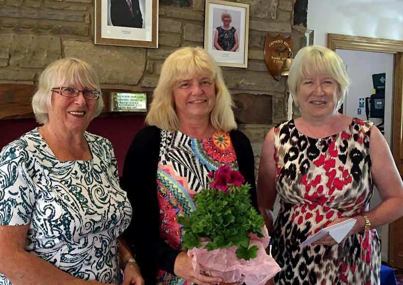 Competition organiser Val Collins, Heather Sealey & Joy Foster (Ladies Captain)
