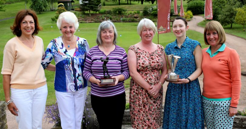 Carrie Lees (Competition Organiser & Ladies Vice Captain) Vivian Catterall (Vice President) Nett Winner Stepanie Overton, Joy Foster (Ladies Captain) Gross Winner and Ladies Club Champion Helen Fowler and Vanessa Statham (Comp Results).