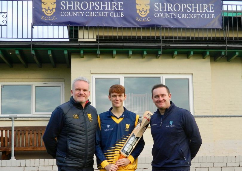Ian Roe, left, the coach of Shropshire's Academy team with Academy player Luke Thornton, wearing the kit sponsored by Wrekin College, and, right, Jonathan Mather, the director of cricket at Wrekin College