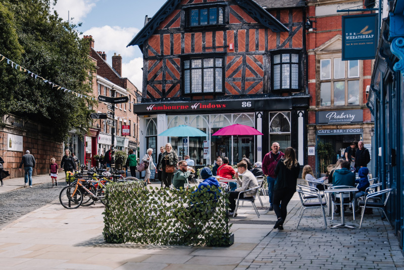 Shoppers are returning to Shrewsbury town centre and making use of outdoor eating spaces