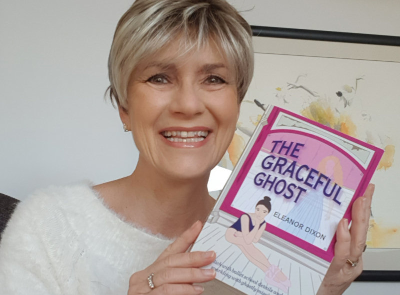Eleanor Dixon with her new book THE GRACEFUL GHOST