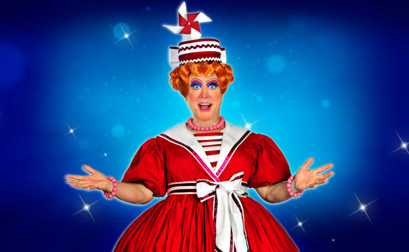 Shropshire's legendary pantomime dame, Brad Fitt will return to Theatre Severn as Mrs Smee in Peter Pan