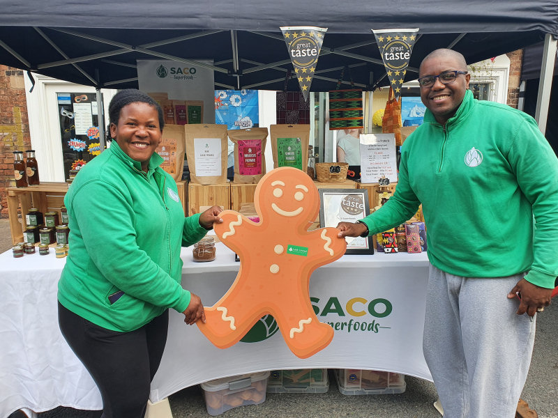 Lucia and Frank of Saco Superfoods enjoying the festival