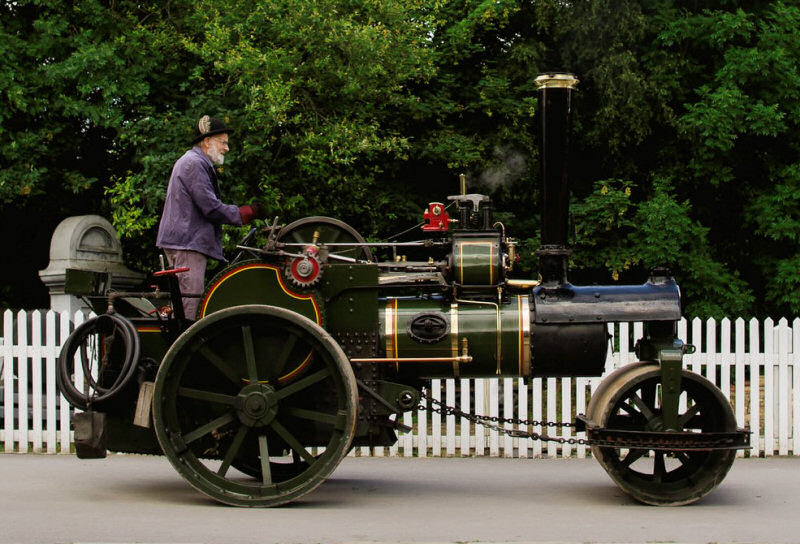 Billy, the three ton steam roller built in 1903
