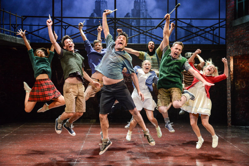 Blood Brothers returns to Theatre Severn this October